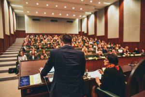 konferencia - virtuálna generácia